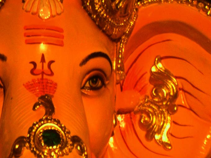 The image &#8220;http://www.picturejockey.com/pblog/2006/8/images/ganpati_06.jpg&#8221; cannot be displayed, because it contains errors.